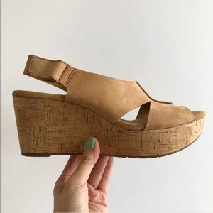 Clarks Suede leather Caslynn Lizzie Wedge Sling 10
